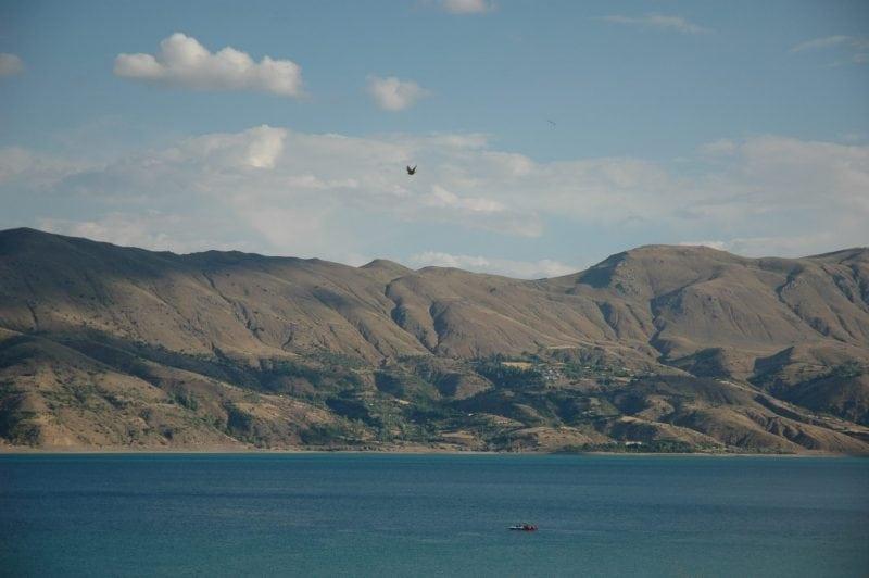 Lake Hazar (credit: Wikimedia Commons)