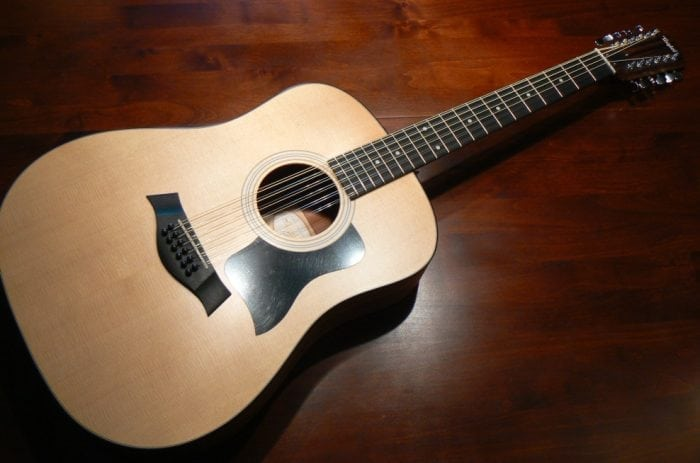 """12 Stringed Standard Acoustic Guitar"" (https://commons.wikimedia.org/wiki/File:12_Stringed_Standard_Acoustic_Guitar.jpg) by Ashish Kamathi via Wikimedia Commons is licensed under CC-BY-SA 4.0 https://creativecommons.org/licenses/by-sa/4.0/deed.en"