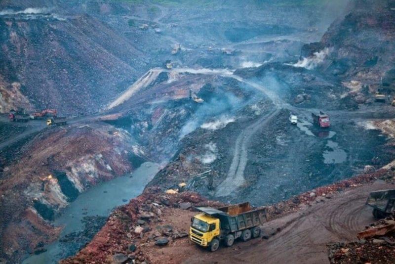 Jharia coal field (Credit: international accountability / Flickr)