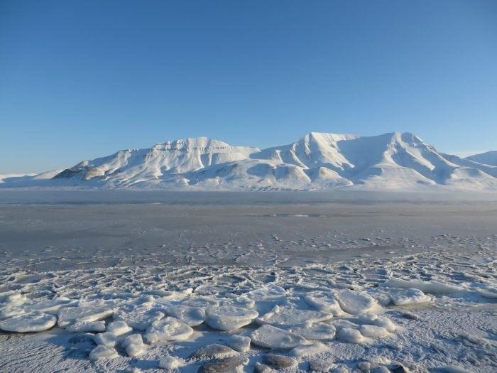 """Adventfjorden"" by Bernt Rostad (via Flickr) is licensed under CC BY 2.0"
