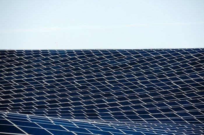 A curved solar panel (Pixabay)