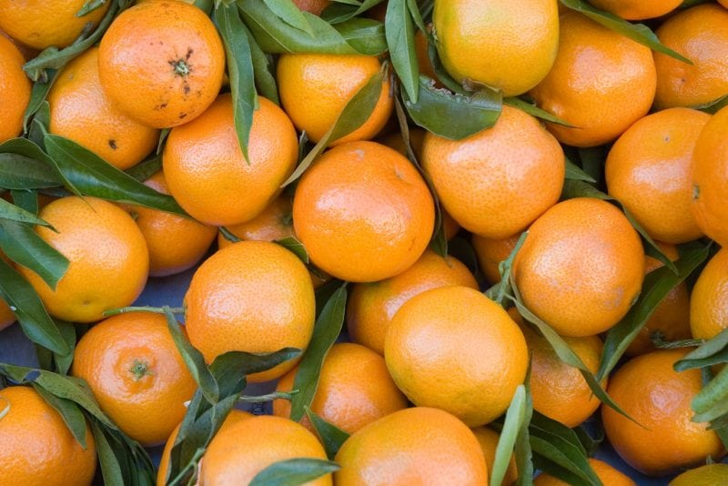 """clementines"" by Paul Asman and Jill Lenoble via Flickr is licensed under CC BY 2.0"