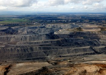 """""""Open cut coal mine - Hunter"""" by Jeremy Buckingham via Flickr is licensed under CC BY 2.0"""