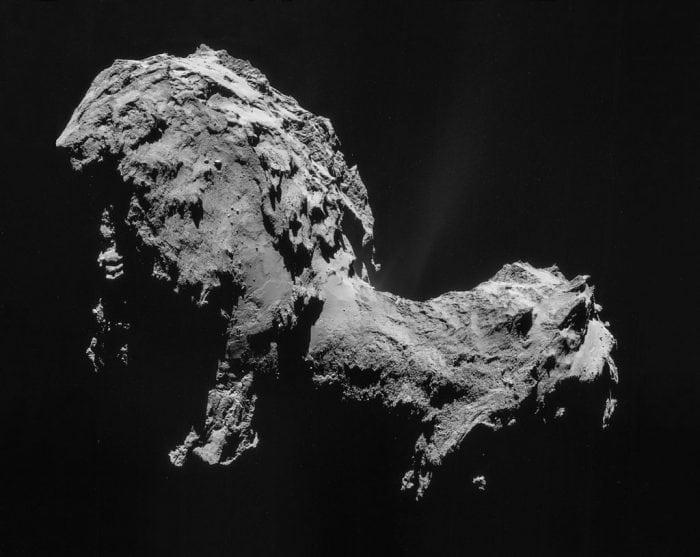 Close-up of Comet 67P/C-G from the Rosetta orbiter. (Credit: NASA)