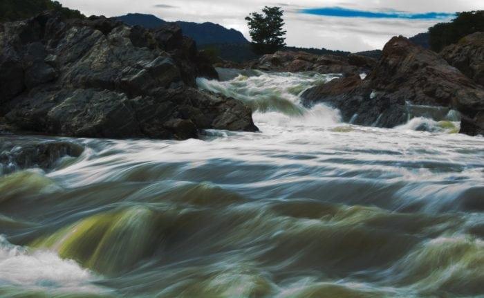 """Cauvery river, Mekedatu"" by Renjith Sasidharan (via Flickr) is licensed under CC BY 2.0"