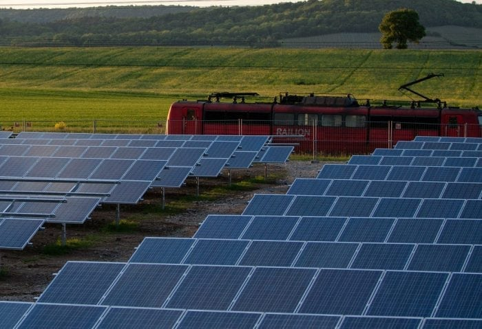 """""""solar-cells-191691_1920"""" by zak zak (via Flickr) is licensed under CC BY 2.0"""