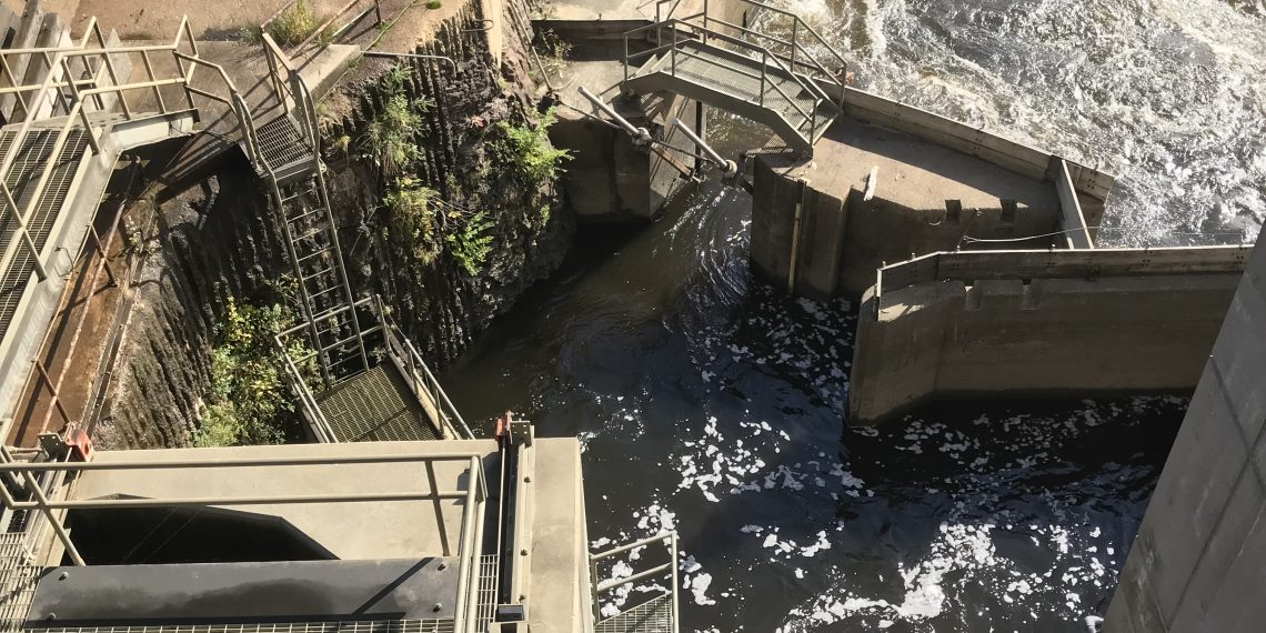 A fish lift in Holyoke Dam in USA. Credit: Lu Cai