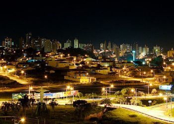 """Sao Carlos Downtown by Night"" by Luiz R via Wikimedia Commons is licensed under CC-BY 2.0 https://creativecommons.org/licenses/by/2.0/deed.en"